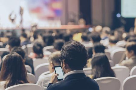 市环保局组织全体党员收听收看庆祝中国共产党成立90周年